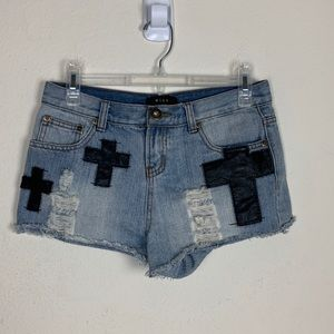 Mine- Distressed Jean Shorts w/Crosses size small